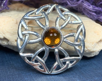 Celtic Trinity Knot Brooch, Celtic Jewelry, Irish Jewelry, Scotland Brooch, Celtic Brooch, Anniversary Gift, Celtic Knot Pin, Ireland Gift