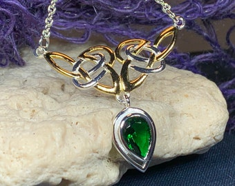 Celtic Knot Necklace, Celtic Jewelry, Irish Jewelry, Ireland Gift, Wife Gift, Girlfriend Gift, Scotland Jewelry, Love Knot Necklace