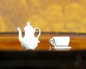 Teapot Stud Earrings, Irish Jewelry, Tea Drinker Gift, Celtic Jewelry, Mom Gift, Sister Gift, Wife Gift, Girlfriend Gift, Teacup Gift