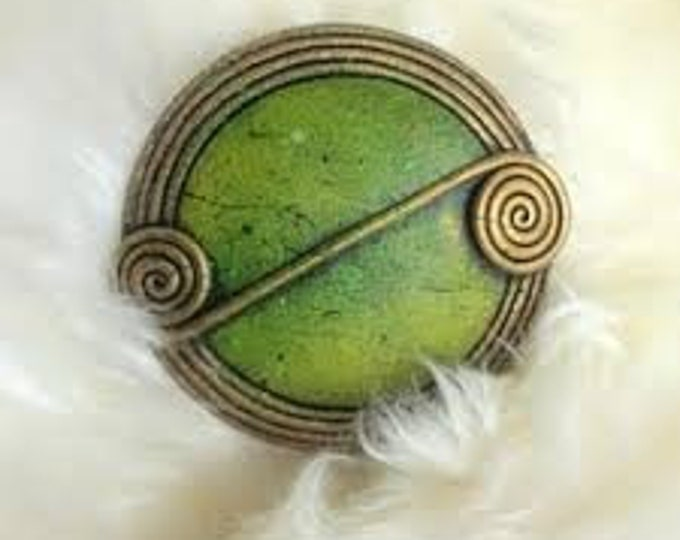 Celtic Scroll Pin, Scotland Jewelry, Celtic Brooch, Scarf Pin, Coat Pin, Wrap Pin, Nature Jewelry, Wiccan Jewelry, Pagan Jewelry