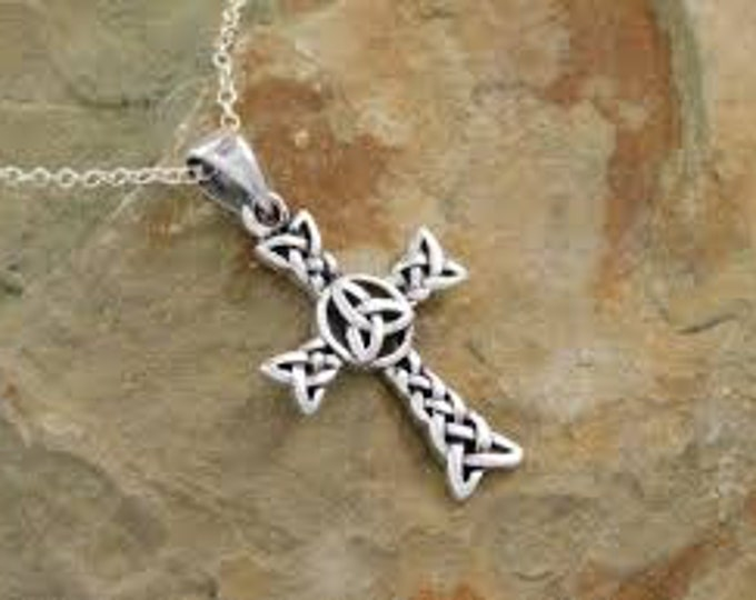 Celtic Cross Necklace, Irish Jewelry, Trinity Knot Jewelry, Mom Gift, Scotland Jewelry, First Communion Gift, Confirmation Gift, Wife Gift