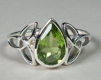 Celtic Knot Ring, Celtic Jewelry, Irish Jewelry, Peridot Ring, Irish Ring, Irish Dance Gift, Anniversary Gift, Bridal Ring, Wiccan