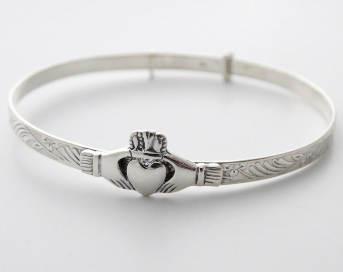 Irish Claddagh Bracelet, Celtic Jewelry, Ireland Jewelry, Bridal Jewelry, Heart Jewelry, Girlfriend Gift, Wife Gift, Anniversary Gift