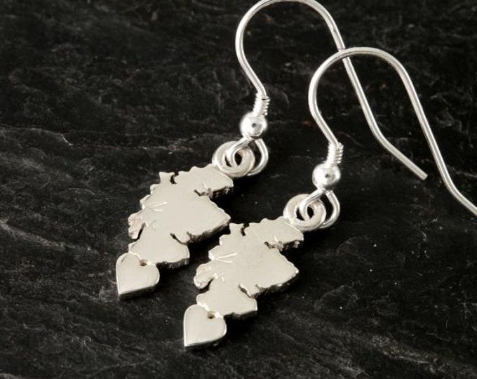 Scotland Earrings, Outlander Jewelry, Traveler Gift, Scotland Heart Earrings, Heart Jewelry, Celtic Jewelry, Scottish Jewelry, Map Jewelry