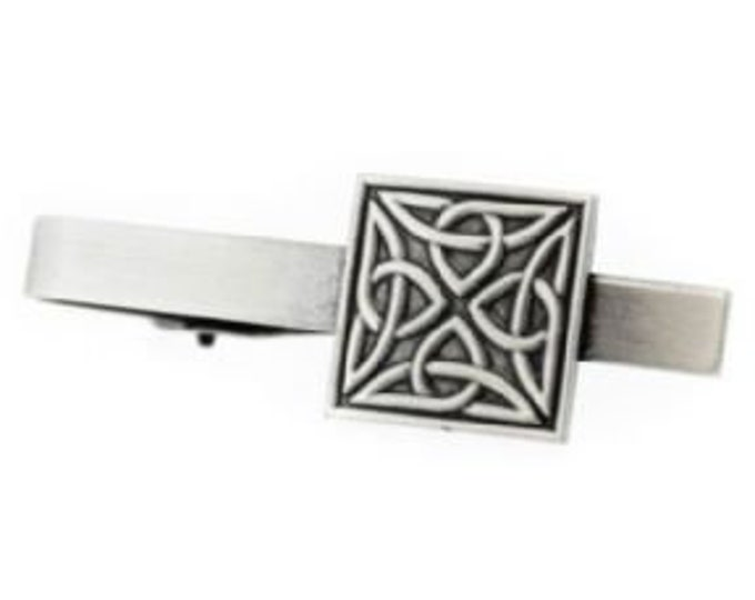 Trinity Knot Tie Bar, Father's Day, Gift for Him, Celtic Knot Jewelry, Men's Jewelry, Groom Gift, Best Man Gift, Celtic Tie Clip, Ireland
