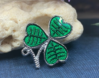 Shamrock Brooch, Clover Pin, Celtic Pin, Irish Pin, Coat Pin, Scarf Pin, Ireland Lapel Pin, Celtic Jewelry, Clover Brooch, Nature Jewelry