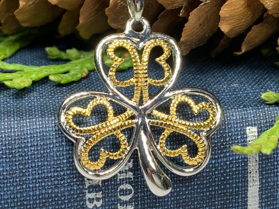 Shamrock Necklace, Clover Jewelry, Celtic Knot Necklace, Irish Jewelry, Anniversary Gift, Wedding Jewelry, Friendship Gift, Celtic Necklace
