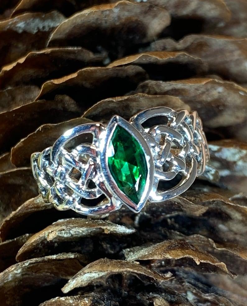 Celtic Knot Ring Ireland Jewelry Celtic Jewelry Irish Jewelry Anniversary Gift Wife Gift Mom Gift Celtic Knot Ring Wiccan Jewelry