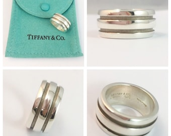 bd02ece22 Authentic rare Tiffany and Co Atlas ring size i 1/2