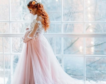 f3a15b701a41d off shoulder dress for pregnancy photo props Blush bridal lace dress with  train for pregnancy maternity wedding dress dress for pregnancy