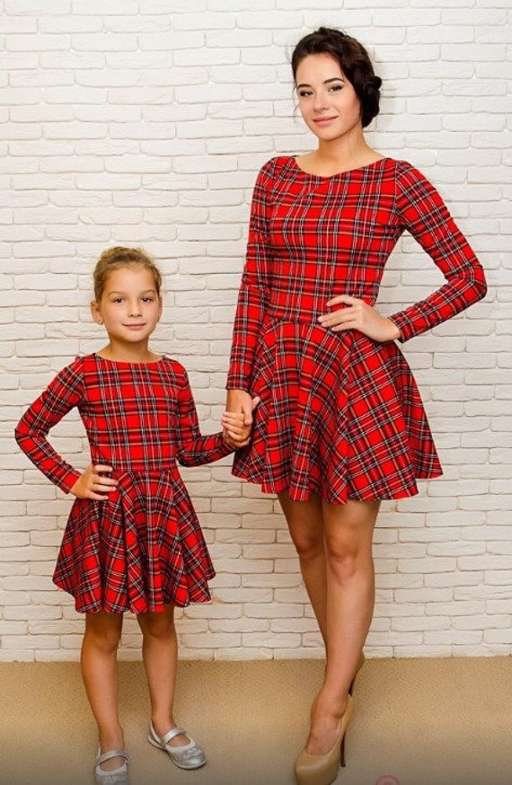 Mother Christmas.Christmas Red Matching Dresses Plaid Mother And Daughter Christmas Photo Mommy And Me Dress Plaid Dress Red Check Pattern Christmas Dress