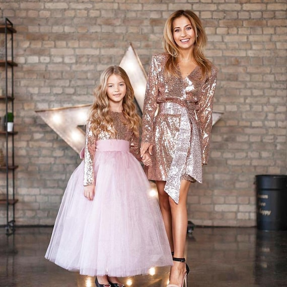 Family Matching Elegant Outfit Rose Gold Sleeveless Glitter Dress Family Photoshoot Mommy and Me Dresses Mother Daughter Tulle Dresses