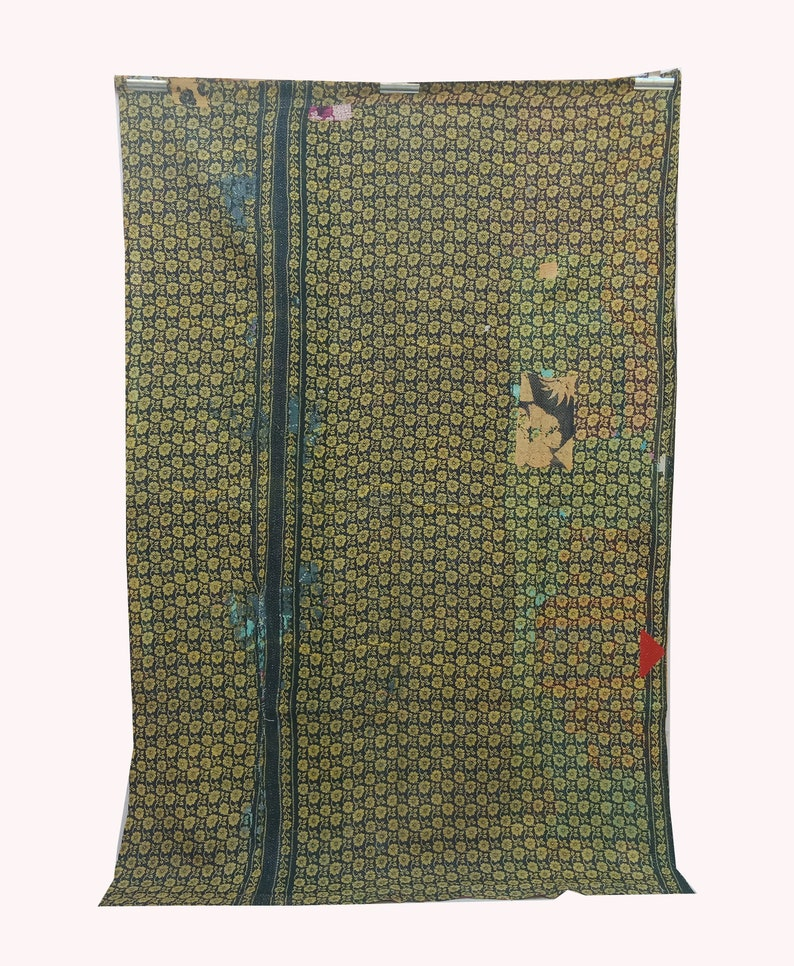 Vintage Kantha Quilt Bedding Throw Reversible Twin Size Blanket Home Decor Wall hanging Patchwork Quilt Embroidered Rug Decoration Gift