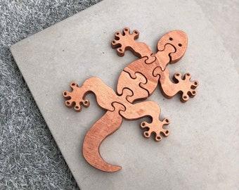 Salamander wooden puzzle