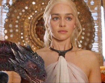 The collar of a slave Daenerys Targaryen