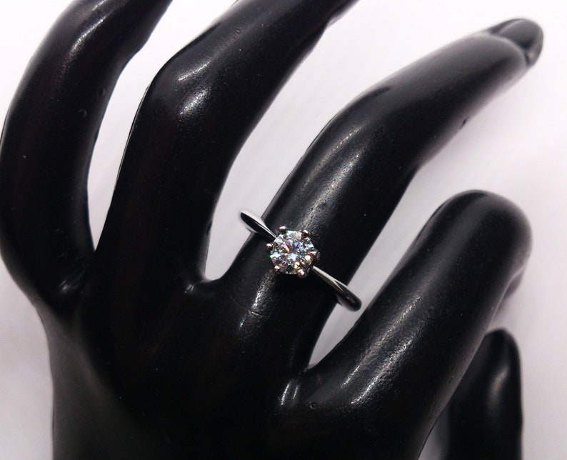 Certified moissanite 0.5ct rhodinated sterling silver 925 insured parcel delivery diamond white gold ring Ready to ship