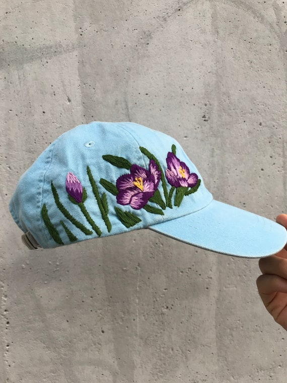 Hand embroidered hiking hat floral design baseball hat for  043c1ac73db