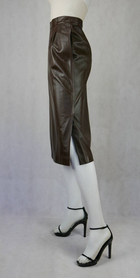 1970's Gucci soft lamb leather skirt - image 5