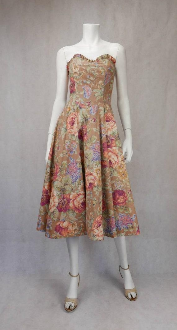 1980's Floral Mondi dress