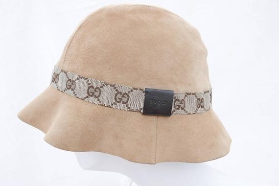 Gucci GG suede bucket hat (Size M)