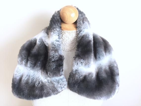 Chinchilla Fur Collar - Womens Fur Coat Collars -