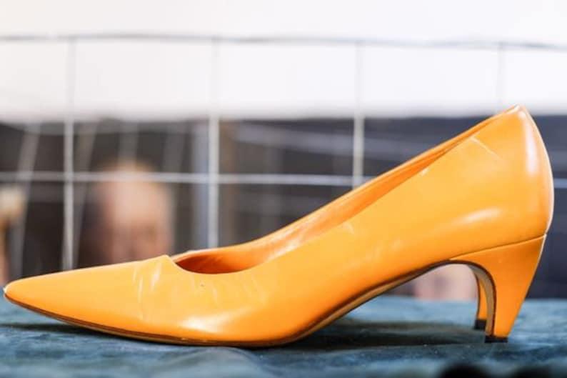 PRADA orange pumps pointed toes size 37