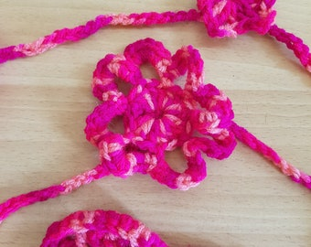 Pretty Crochet Flower Garland