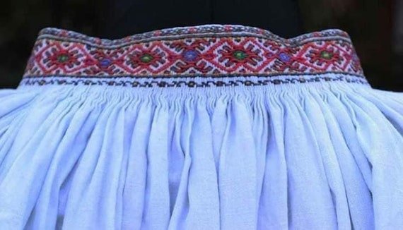Black/red Ukrainian dresses for bright and colour… - image 7