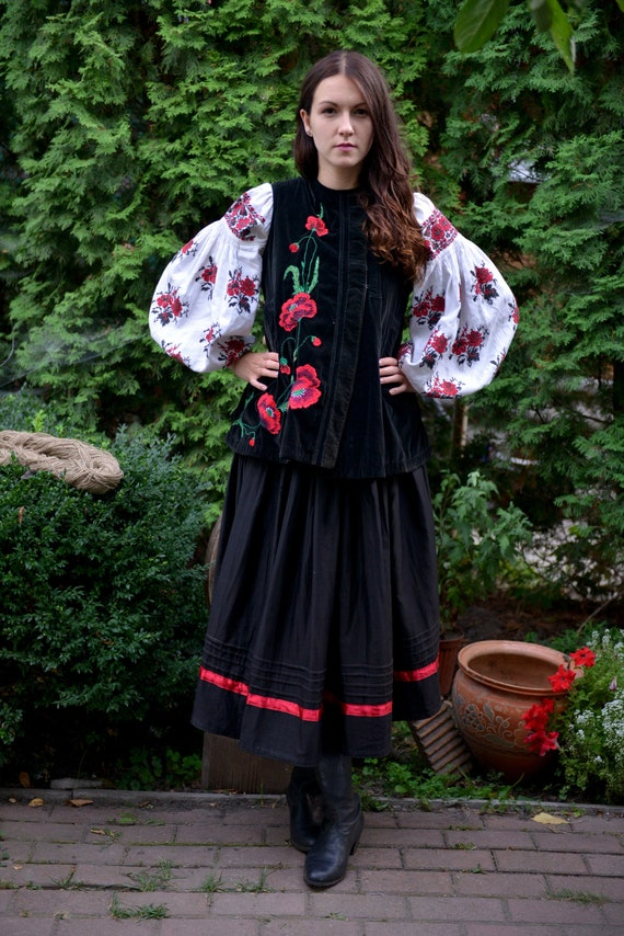 Black/red Ukrainian Vintage Korset Antique Ukraini