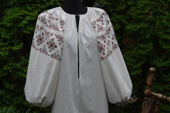 Geometric red and black dress vyshyvanka white vys