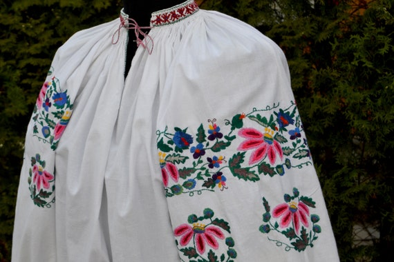 Reserved pls don't buy! Peasant Blouse / Ukrainia… - image 4