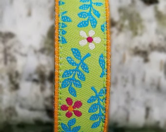 NEW!!  Cheerful Flowers watch band, 16mm or 20mm.  Replacement band for Timex Weekender Watch