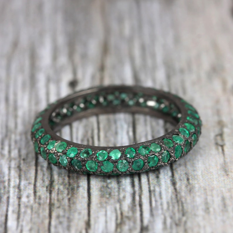 Natural 1.69 Ct Emerald ETERNITY BAND RING 925 Sterling Silver Band Ring Gemstone Band Ring Wedding Bands Engagement Bands Gifts