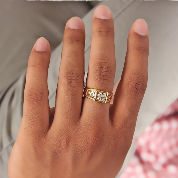 Natural 0.27 Ct SI Clarity G-H Color Diamond Solid 14K Yellow Gold Floral Design Solitaire Ring Handmade Fine Jewelry Wedding Gift For Her
