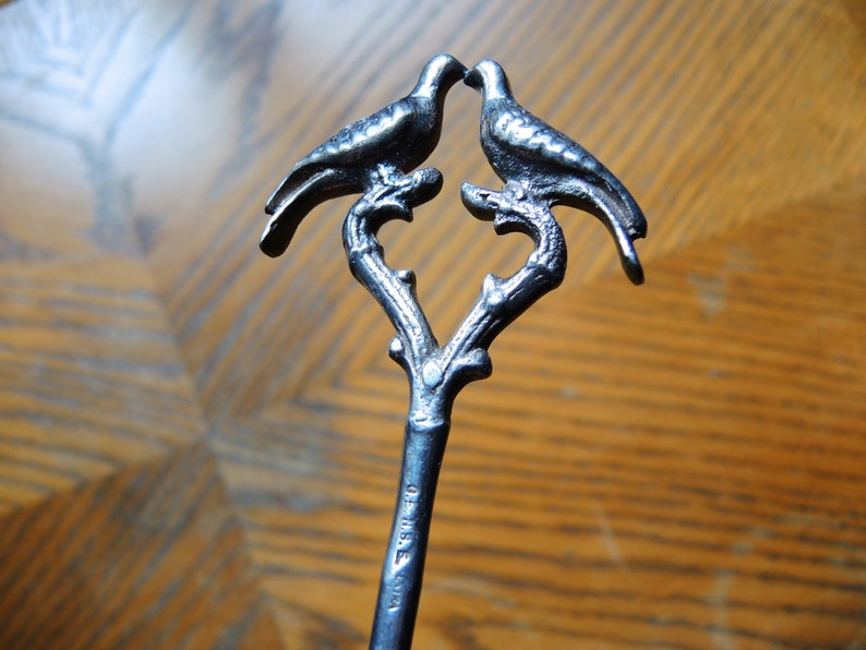 Antique Victorian Art Nouveau Relief Bird Silver Plated Long Lady Hat Pin  German Silver Costume decoration  Pin with Birds
