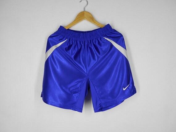 1857438bba25f Nike Shorts Nike Size L Vintage Nike Team Shorts Nike Vintage