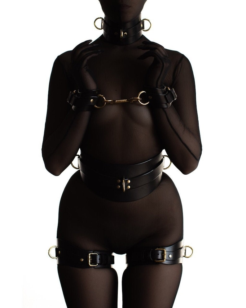 The best rubber fetish clothes photo and photo galleries