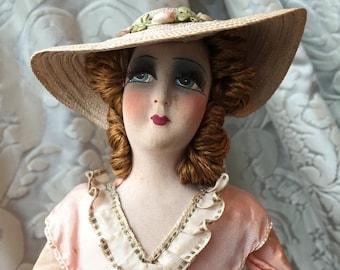 8604883678a antique french boudoir doll on podwer box poupée de salon sur boite à  poudre ancienne art deco poudrier 1920 1930 années folles