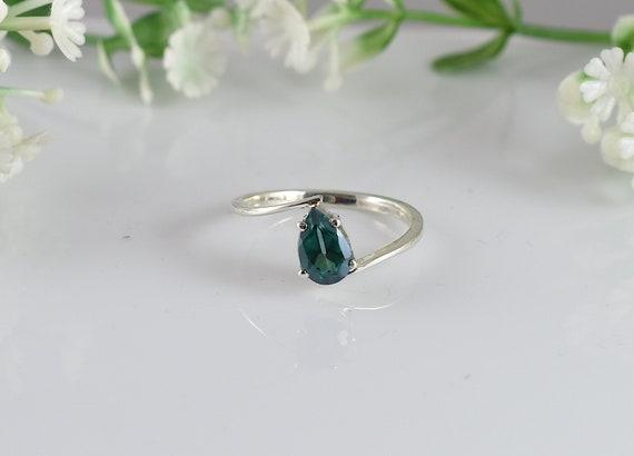 Green Topaz Silver Ring Anniversary Gift Engagement Ring Design N0 Emerald Green Topaz Ring Wedding Ring RGT-007 Birthday Gift
