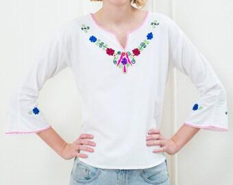 bohemian blouse boho woodstock birkin 60s white hippie blouse medium sailor collar shirt embroidered rainbow flower pattern blouse