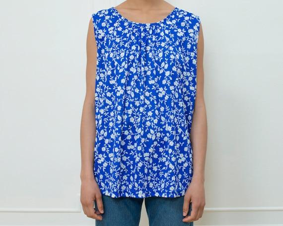 blue floral top large | blue white flower print ta