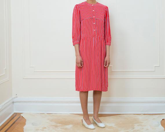 red striped dress medium   red white blue striped dress   red stripe midi dress   red button down dress   red work dress 1970s   70s