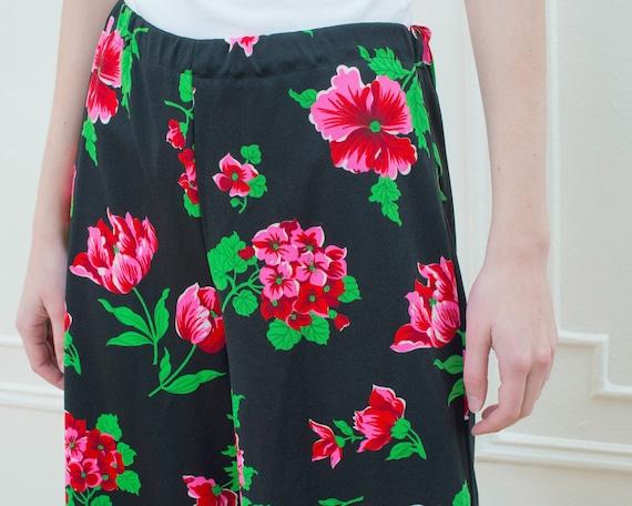 70s black floral pants | pink flower print wide l… - image 2