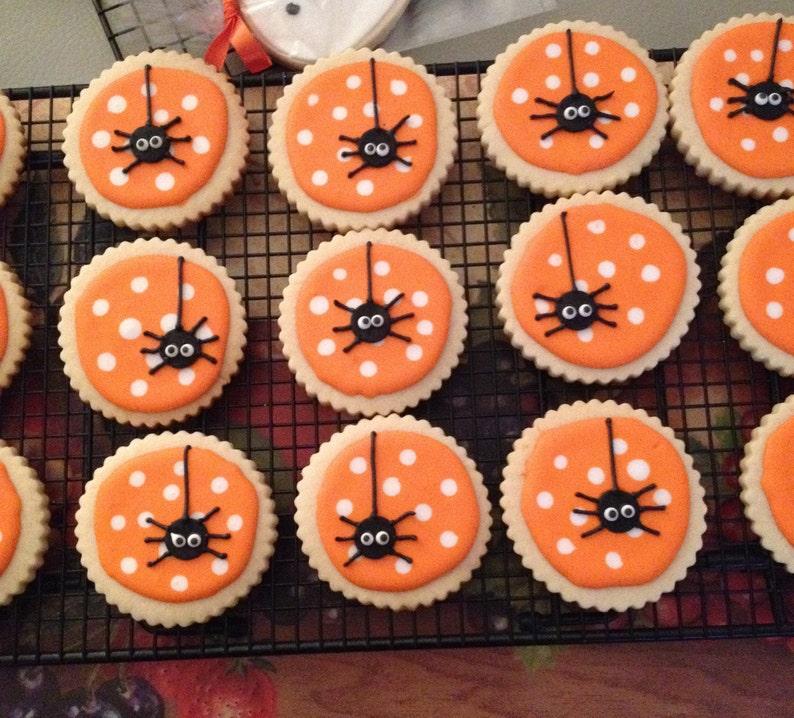 Superior Hand Decorated Sugar Cookies   Halloween Spider   1 Dozen
