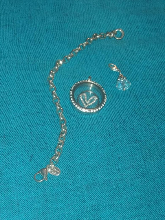 origamiowl layers. Origami owl chain, locket and dangles. Visit me ... | 760x570