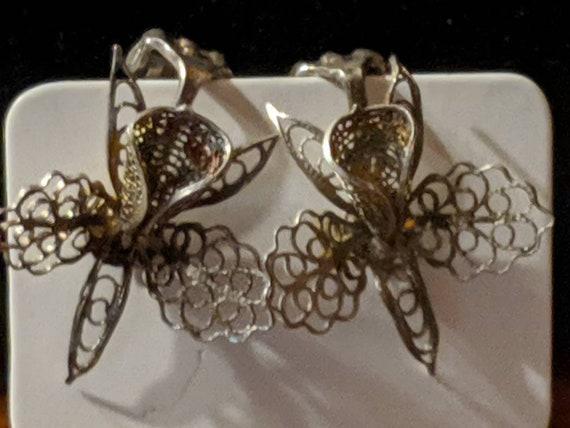 Delicate Vintage 800 Silver Filigree Orchid Screw Back Earrings