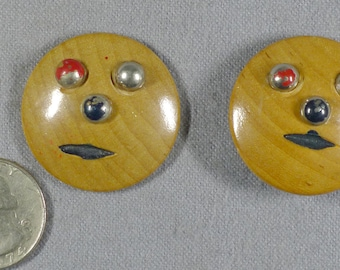 Vintage Wooden Funny Face Buttons