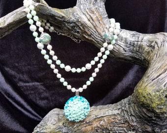 Retro Seafoam Green Beaded Necklace