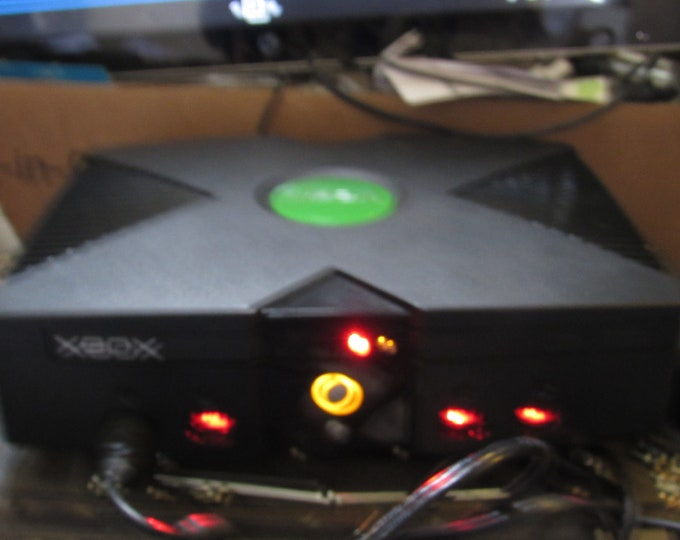 Modified Original XBox With INCREDIBLE 500 gig   Hard drive & Games   Collect this