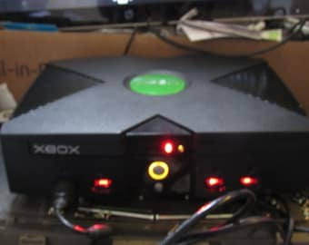 Modified Original XBox / HDMI With INCREDIBLE 3TB Hard drive & Games   Collect this